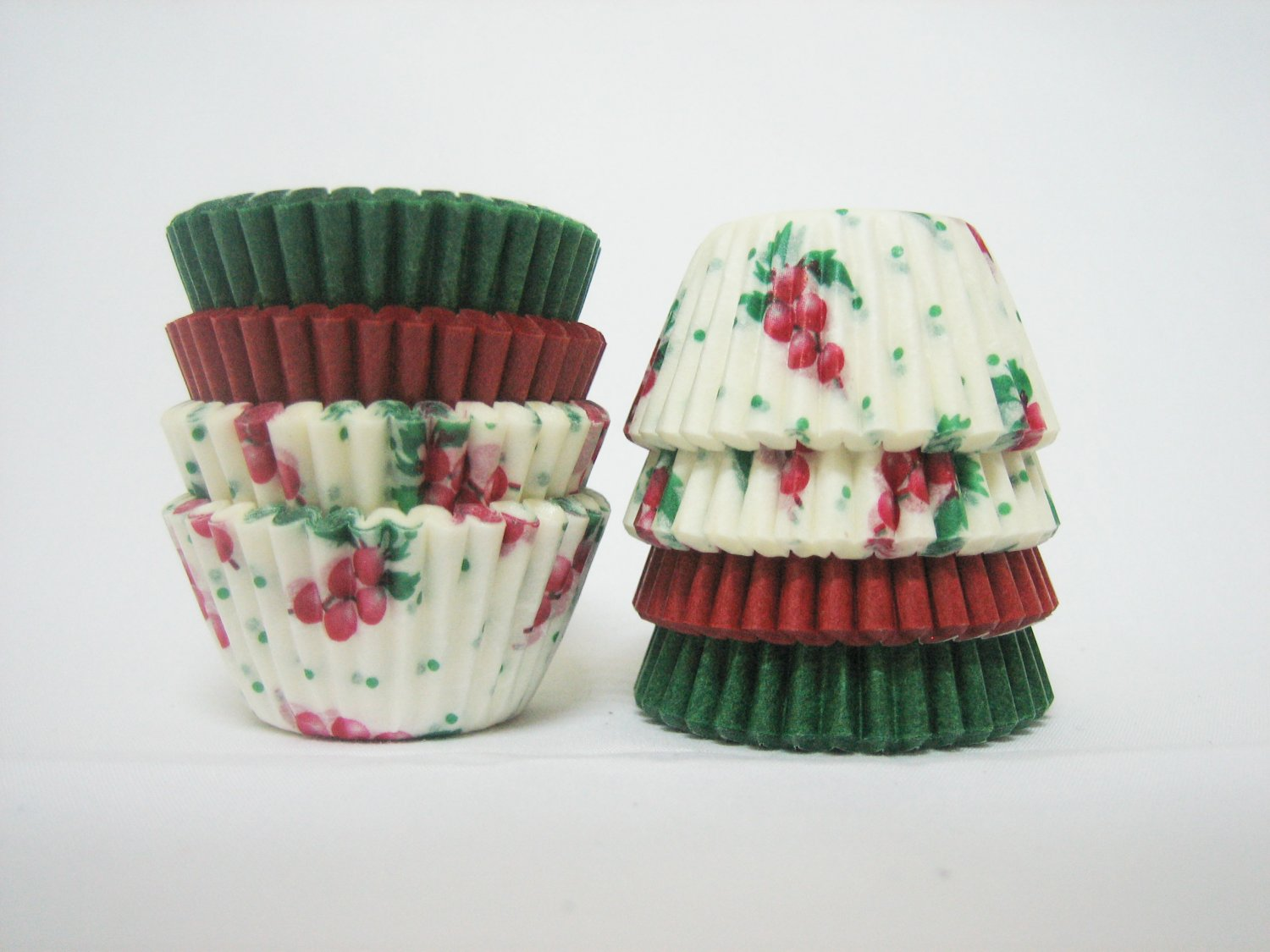 1000pcs Berry, Green and Red Mini Paper Cake Cup for Candy/Cookies/Petite/Cake 6cm