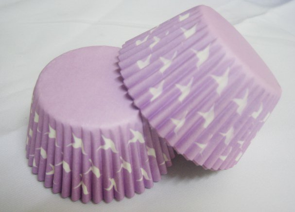 100pcs Purple Cake Cup Printed with White Dove US Standard Size