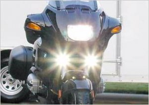 2004-2009 TRIUMPH ROCKET III TOURING XENON FOG LIGHTS DRIVING LAMPS LIGHT LAMP 2005 2006 2007 2008