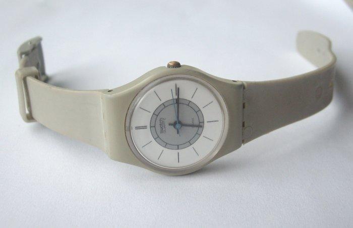 Vintage 80's Gray SWISS Swatch Watch - WORKS
