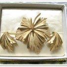 Vintage Brooch Earrings Trifari Demi Parure Gold Leaf Clip On Retro Fashion Jewelry Signed