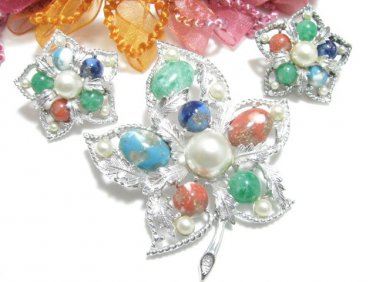 Vintage Brooch Earrings Colorful Pearl Blue Red Silver Sarah Coventry Fantasy Designer Jewerly