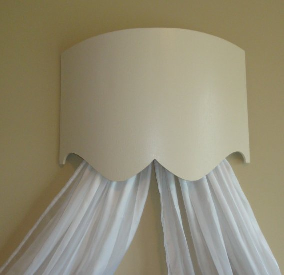 Curved Bed Crown / Cornice