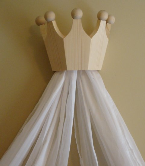 Pine Bed Crown / Valance / Canopy for Nursery