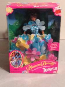 "Blossom Beauty Teresa  Doll ""Dress magically becomes a floral bouquet!"" Mattel"