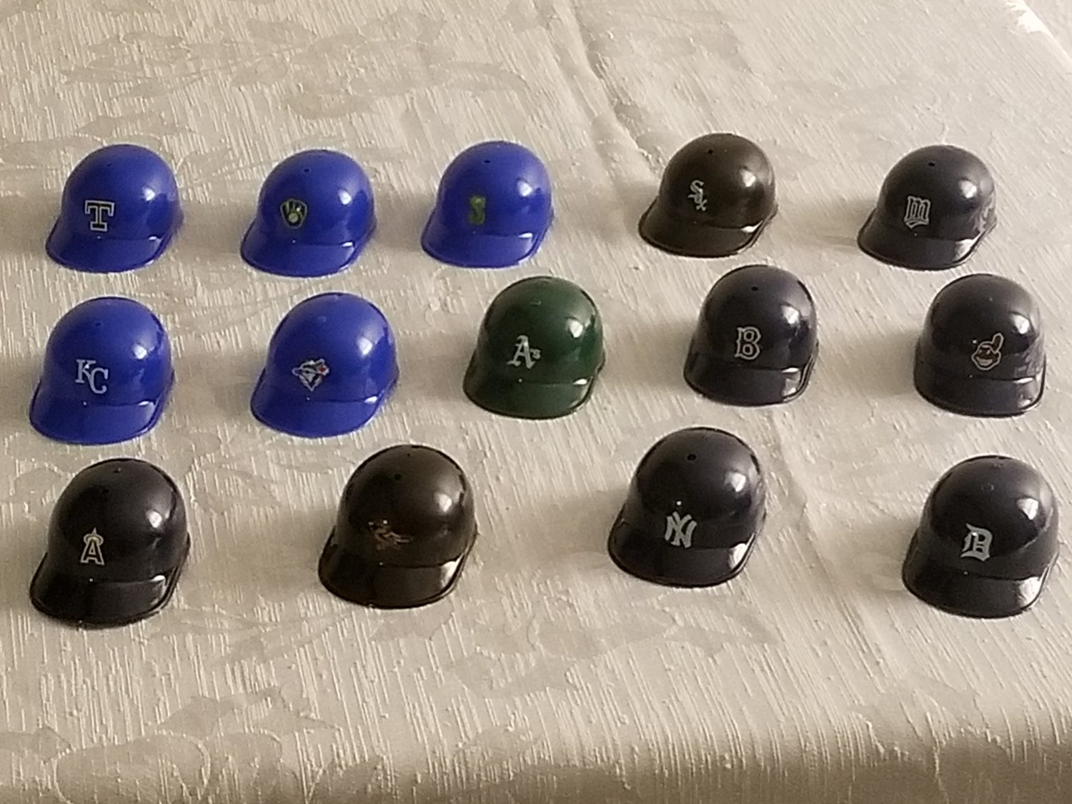 14 Plastic Miniature Baseball Caps