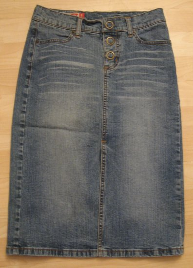Denim Blue Jean Button Fly Faded Vintage Wash Skirt  - Guess Jeans (Size 1, Extra Small) Like New