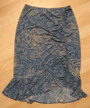 Trendy Blue Snake Skin Print Skirt with Cinch & Frilled Base - BCBG Maxazria (Extra Small)