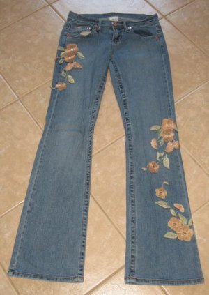 Trendy 5 Pocket Denim Blue Jean Flares with Embroidered Floral Accents - Z. Cavaricci (Size 3)