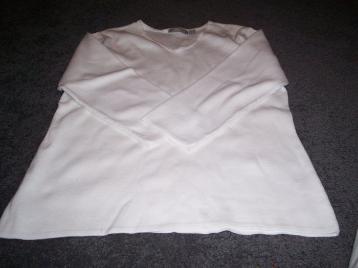 Womens Croft and Barrow White sweater Size L
