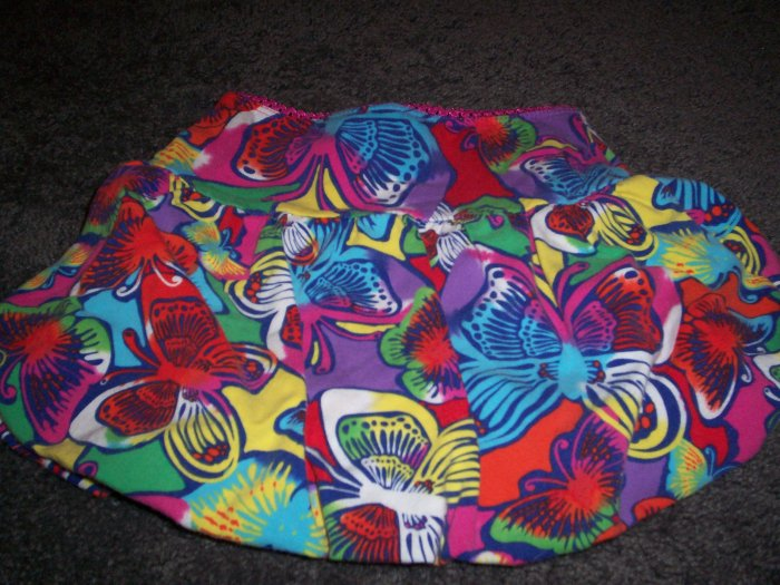 The Childrens Palace stretch skirt/shorts size 24M