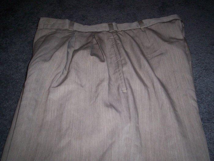 Men's Palet Perspective Khaki Dress Slacks size 32M