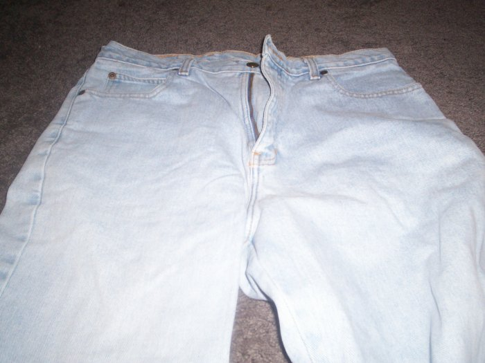 Women's Eddie Bauer Blue Jeans SIze 14
