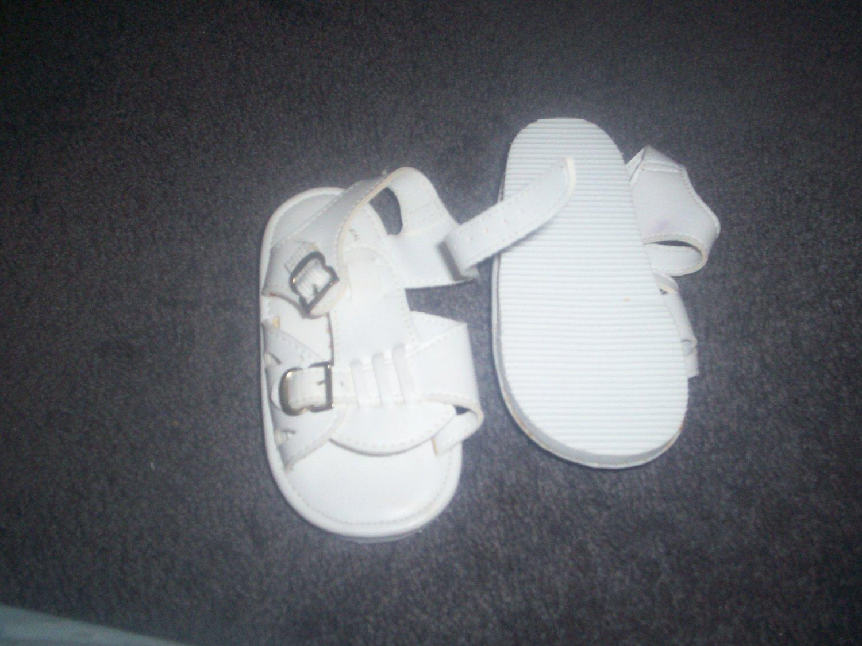 Toddler White Sandles size 6 by Avanti
