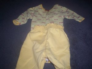 Two Piece Outfit size 3/6m by Healthtex