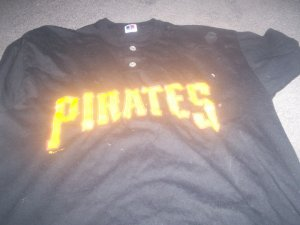 Russell Athletic Pirates Tee Shirt size M