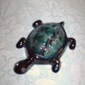 Blue Mountain Pottery Turtle Small Mini Miniature www.collectique.ecrater.com