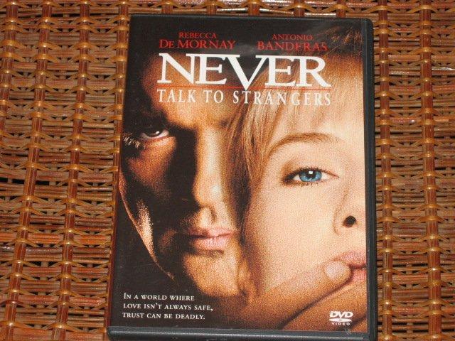 Never Talk To Strangers DVD Antonio Banderas, Rebecca De Mornay Mint!