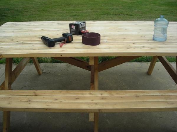 Picknic Tables