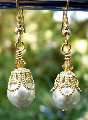 Oyster Pearls & Swarovski Crystal Earrings-Handmade
