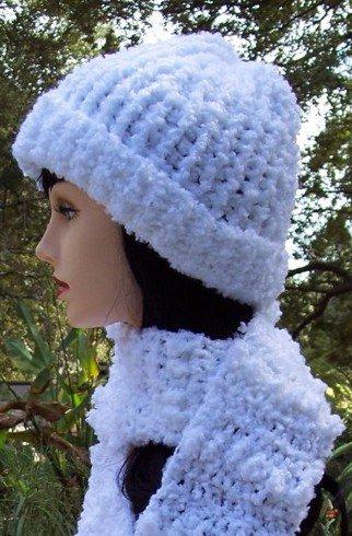 White Boucle Hat & Scarf Set Handmade Crochet