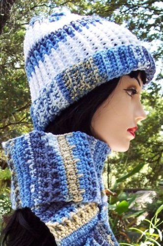 Handmade Crochet Hat & Scarf Set Varigated Blues