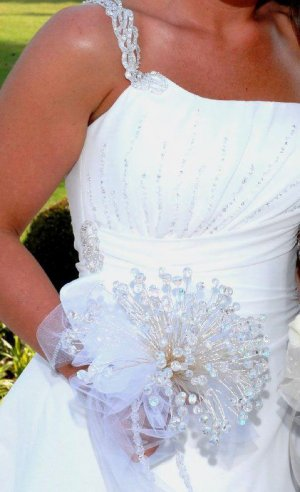 200 Swarovski Crystal Bridal Bouquet w/ Boutonniere