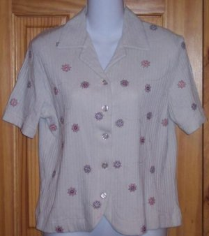 ALFRED DUNNER- WOMANS SHORT SLEEVE TOP - SIZE PETITE SMALL