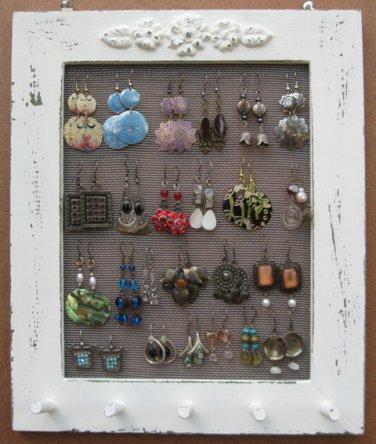 Cream Shabby Chic Jewelry Display Rack