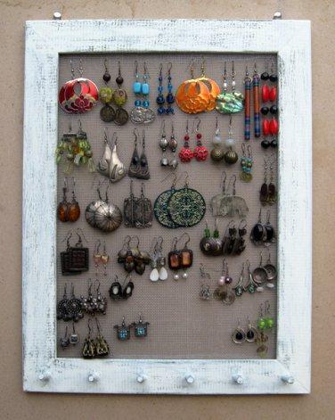 Cream Shabby Chic jewelry display