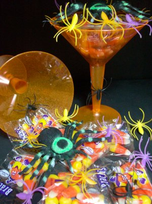 Halloween Candy Scare-tini 2 Pack Favor Gift