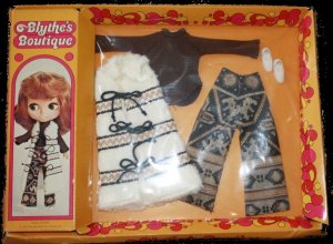 BLYTHE kenner DOLL boutique VINTAGE aztec 1972 arrival OUTFIT playset set on IN original PACKAGE