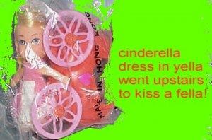 LIDDLE KIDDLES storykin storybook STORYKINS vintage CINDERELLA in BAG coach DOLL