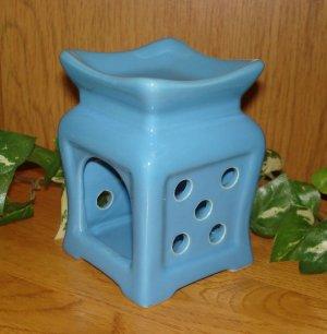 Ceramic Tart Burner - Blue with Polka Dot Design