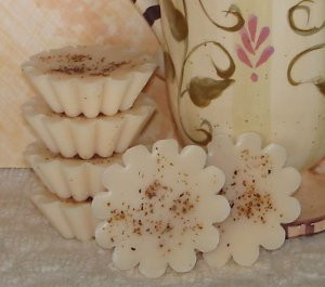 Amaretto Nog - 4 Highly Scented Holiday Soy Wax Tarts