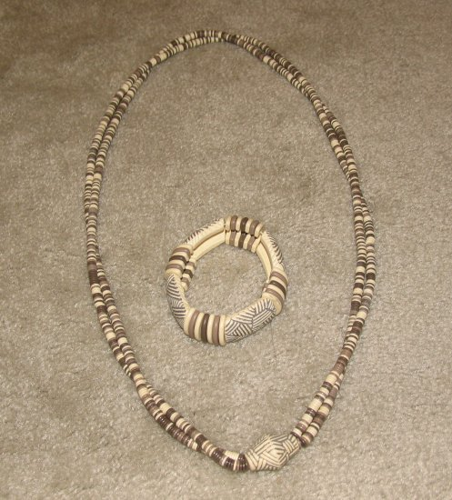 Vintage Costume Jewelry Double Strand Bead Necklace w Matching Bracelet