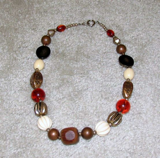 Vintage Costume Jewelry White, Brown & Goldtone Bead Necklace