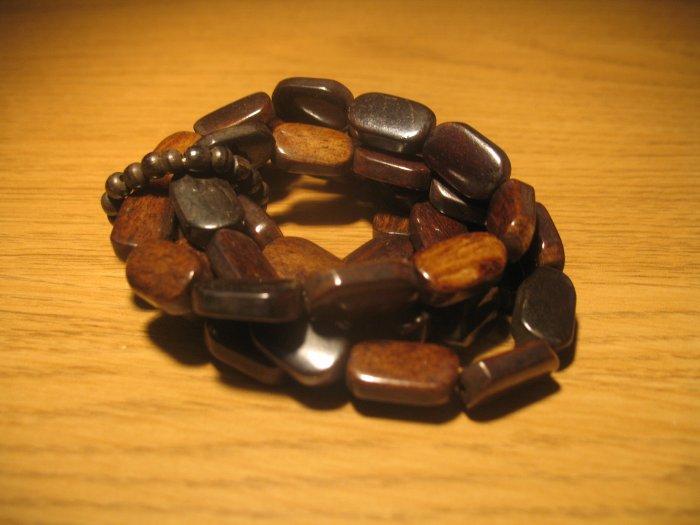 Set of wood bead bracelets (£9.00)