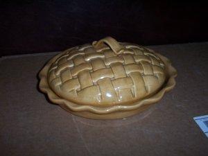 Lattice Pie Plate  2 Piece Set