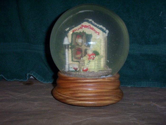 Santas Lighted Snow Globe