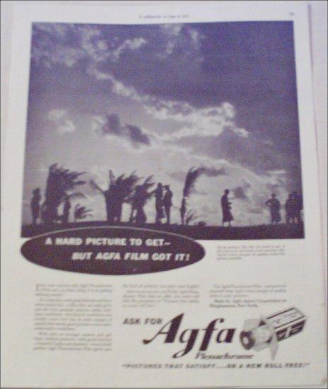 1935 Agfa Plenachrome Film ad