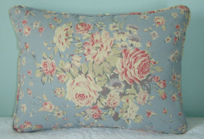 RALPH LAUREN CUSTOM 12X16 SHELTER ISLAND FLORAL PILLOW