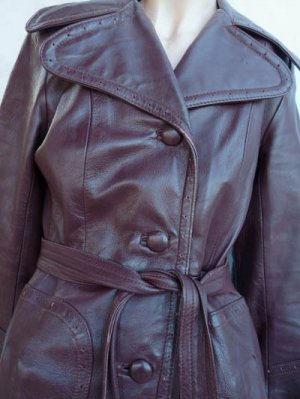 Womens Vintage leather coat Sm 70's Detail collar Fitted Cordovan