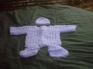 PREEMIE PURPLE SWEATER, HAT, BOTTIES