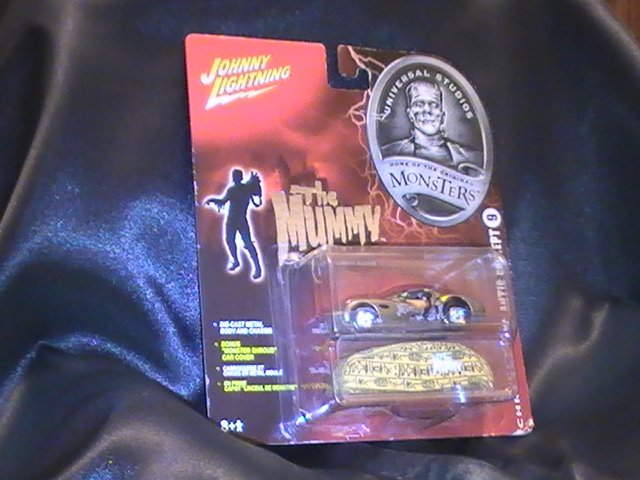 JOHNNY LIGHTNING MUMMYMOBILE