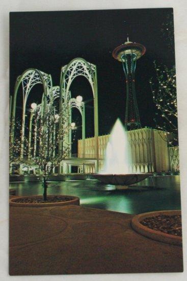 POSTCARD-WA State-Seattle-Space Needle,Science Pavilion