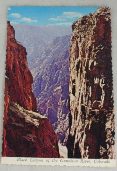 POSTCARD USA Colorado,Black Canyon of Gunnison River