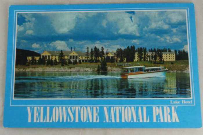 POSTCARD USA National Park,Yellowstone,Lake Hotel,1987