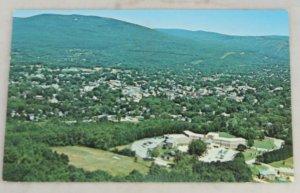 VINTAGE POSTCARD Vermont,Bennington,Putnam Hospital