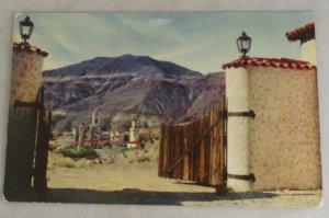VINTAGE POSTCARD California,Death Valley,Scottys Castle